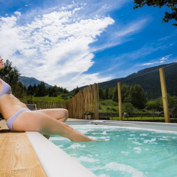 Mountain hostel tarter andorra outdoor pool jacuzzi swim spa-116
