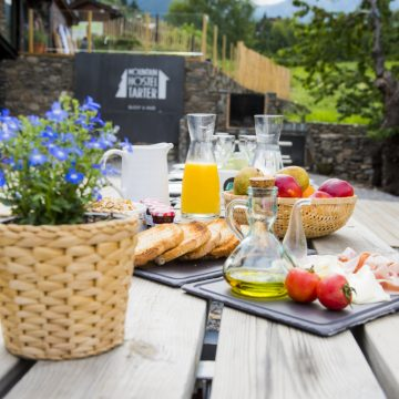 Mountain hostel tarter andorra terrace-81-2