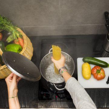 Mountain-hostel-tarter-kitchen-4
